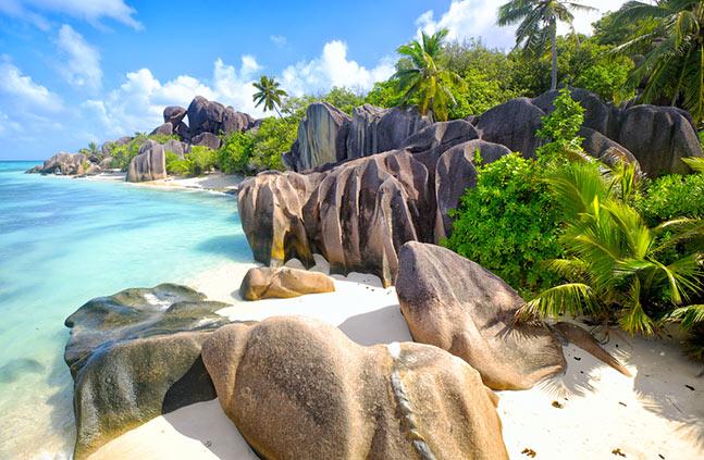 Yacht holidays - Seychelles, La Digue island