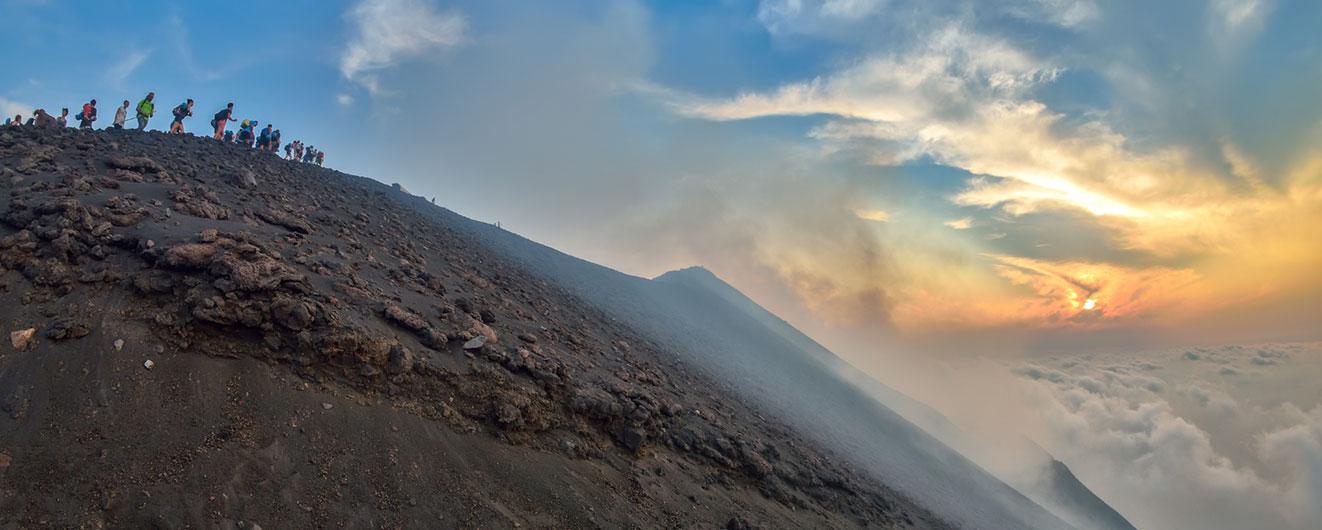 Výstup ke kráteru na ostrově Stromboli